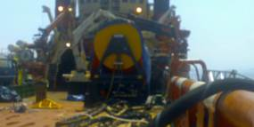 Emergency gearbox repair at tugboat in Brazil