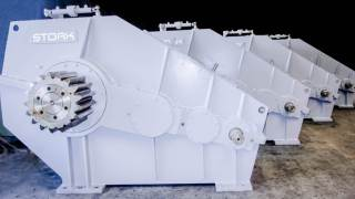 Gearboxes for crane vessel